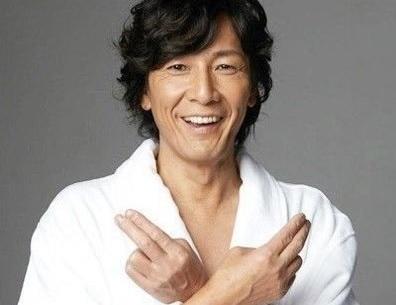 元AV男優加藤鷹の現在や名言、生ける伝説のSEXテクニック